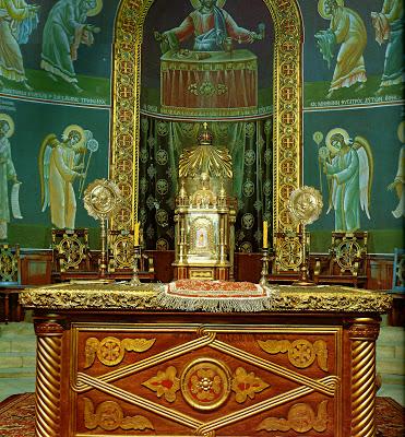 Sfânta Masă a Bisericii Buneivestiri