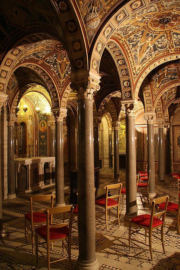 Cecilia, cripta