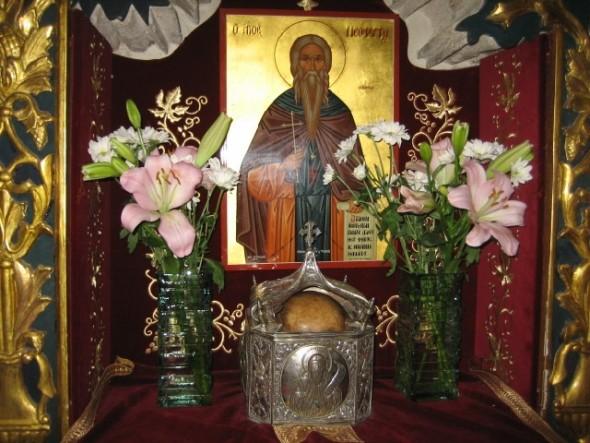 Capul Sfântului Neofit păstrat în biserica mănăstirii Sfântului Neofit din Pafos, Cipru