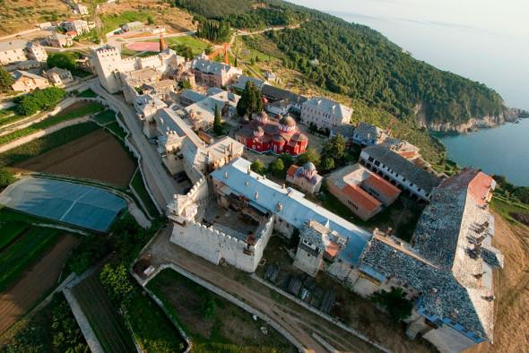 Marea Lavră - ctitoria Sfântului Athanasie Athonitul (vedere aeriană)
