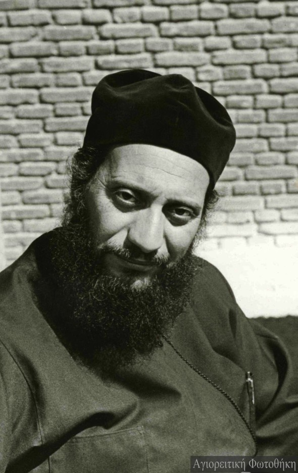 Arhimandritul Emilianós, stareţul mănăstirii Marea Meteoră (1961-1973) – Foto: Iustin Monahul, 1973