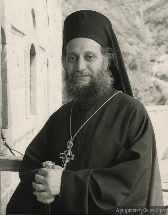 Arhimandritul Emilianós, stareţul mănăstirii Simonopetra (1973-2000) (Foto: Douglas Lyttle)