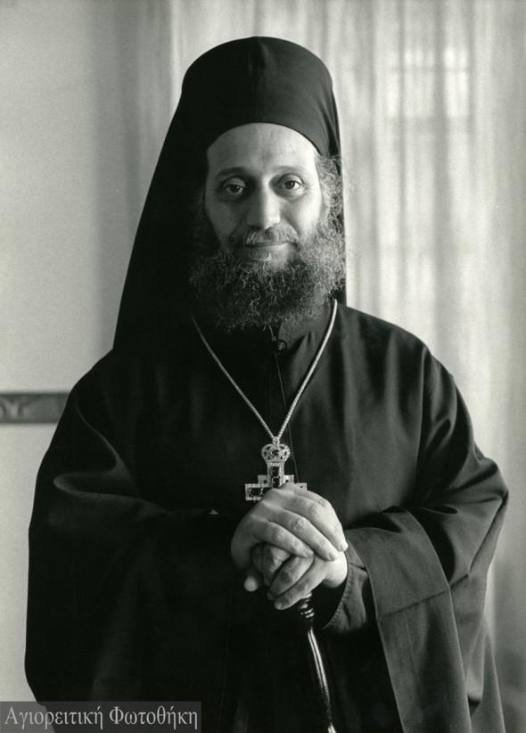 Arhimandritul Emilianós, stareţul mănăstirii Simonopetra (1973-2000) – Foto: Douglas Lyttle