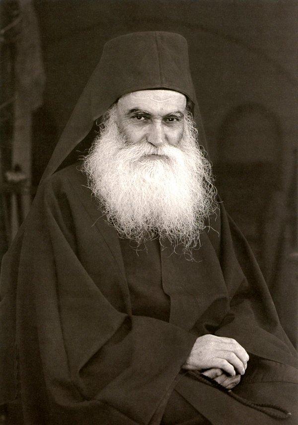 Starețul Efrem Katunakiotul despre ascultarea de duhovnic