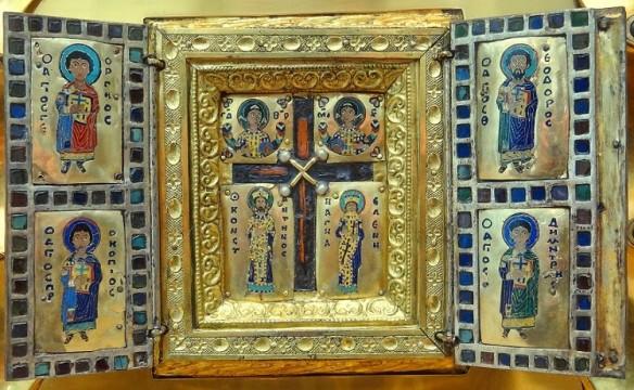 Tripticul bizantin din partea inferioară (deschis)