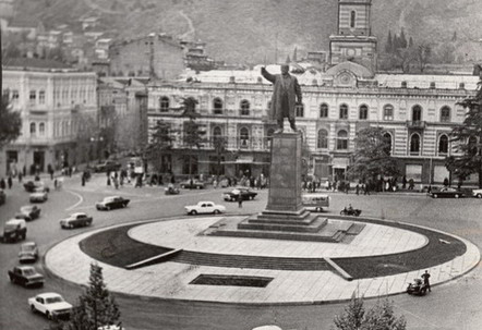 lenin-square-soviet-era